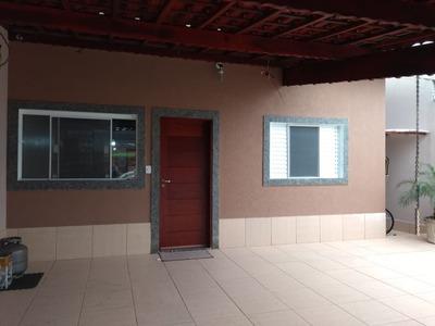 Linda Casa Com 02 Dorms Fino Acabamento Isolada Em Mongaguá