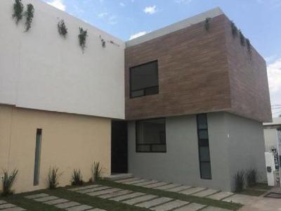 Casa En Condominio En Venta En San Miguelito, Irapuato, Guanajuato