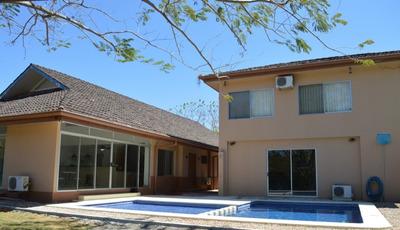 Hermosa Casa Cerca De La Playa. C125