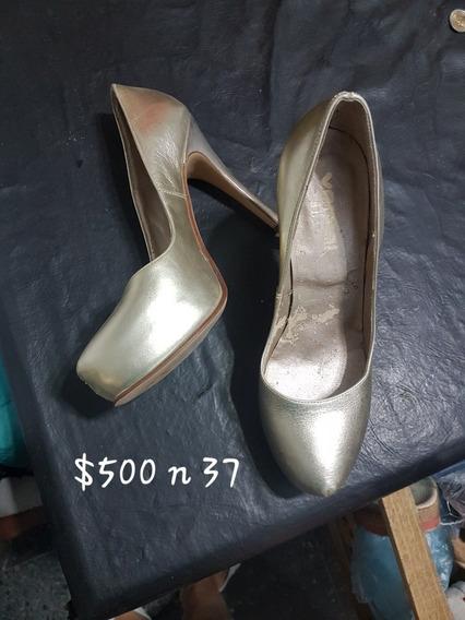 Zapato 37 Horma Chica Color Dorados