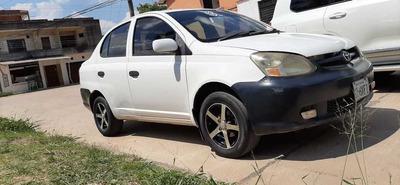 Toyota Platz Platz Usado