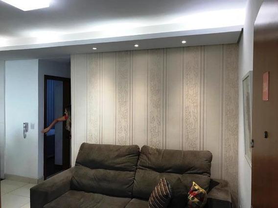 Apartamento 02 Todo Reformado Com Vaga De Garagem Demarcada - 47684