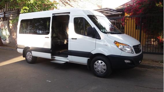 Minibus Jac Sunray 14 Pasajeros 2016