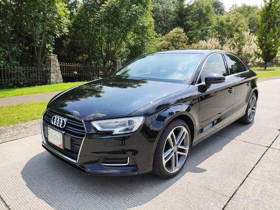 Audi A3 Sedan 2018 Select Stronic Turbo Flamante Crédito
