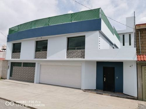 Casa En Venta Boulevard Sor Juana Ines De La Cruz, San Felipe Tlalmimilolpan