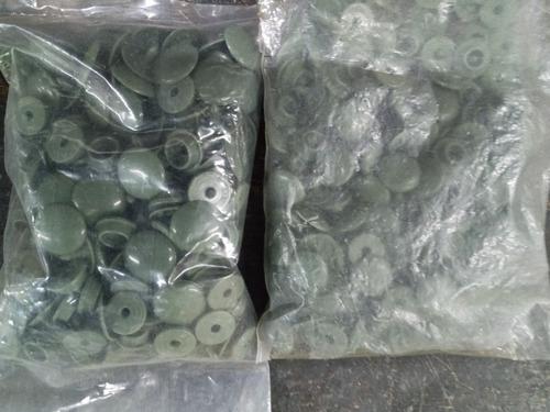 Imagen 1 de 3 de 100 Broches A Presion Plastico * 15/13 Mm * Verde Militar *