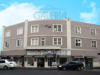 Apartamento No Centro Com 1 Quartos Para Locação, 45 M² - 5880