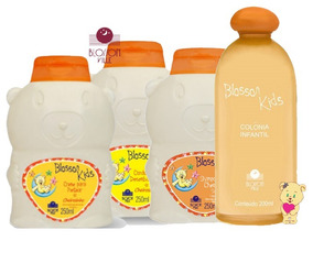 1 Kit Colonia + Shampoo Condicionador Creme Pentear Blosson