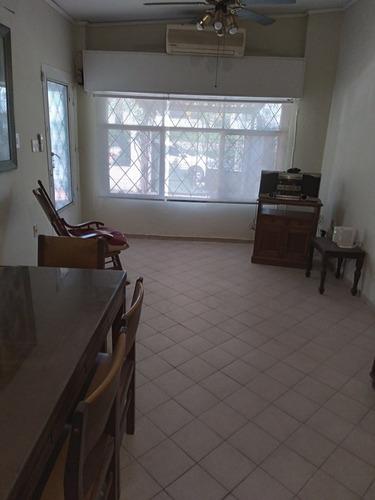 Av.italia Y Comercio 3 Casas En Un Padron