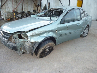 Optra 2007 Accidentado