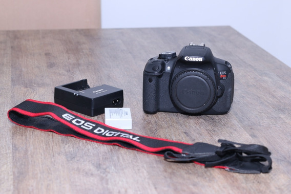 Camera Canon T4i + Lente 18-55 Stm