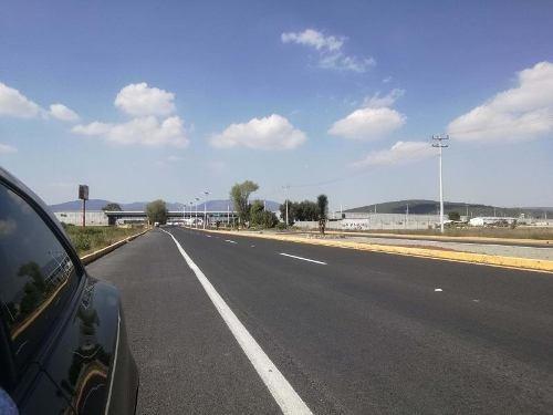 Terreno En Venta Villas De Tezontepec.