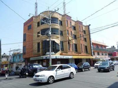 Edificio Comercial Con Excelente Ubicación