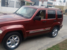 Jeep Liberty Limited Base Piel 4x2 Mt 2009