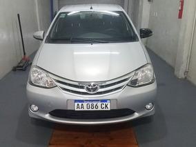 Toyota Etios 1.5 Xls Full Unica Mano Detalles De Chapa