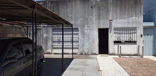 Imagen 1 de 14 de Departamento Al Frente Tipo Casa