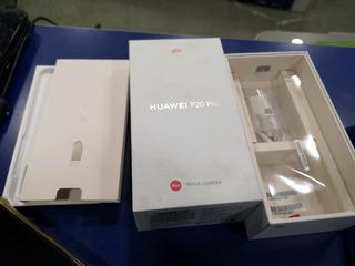 Celular Hauwei P20 Pro 3 Câmeras, Face Id Leitor Digital.