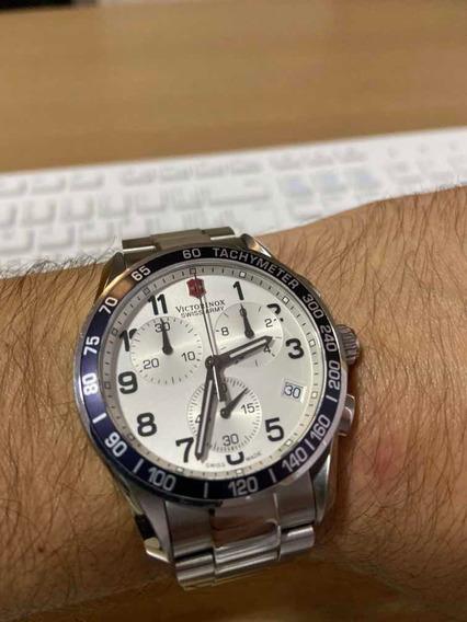 Relógio Victorinox Swiss Army 241121
