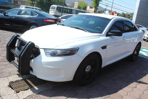 Police Interceptor Aut Blanco 2014