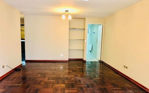 Imagen 1 de 14 de Exclusivo Departamento En El Centro De Miraflores