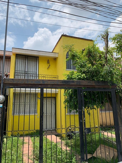 Casa A 3 Min. Periférico Sur Y Mariano Otero, En El Colli