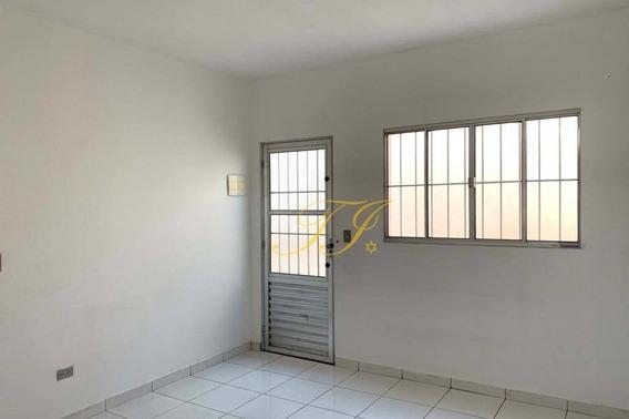 Casa Com 2 Dormitórios Para Alugar Por R$ 950,00/mês - Jardim Bebedouro - Guarulhos/sp - Ca0052