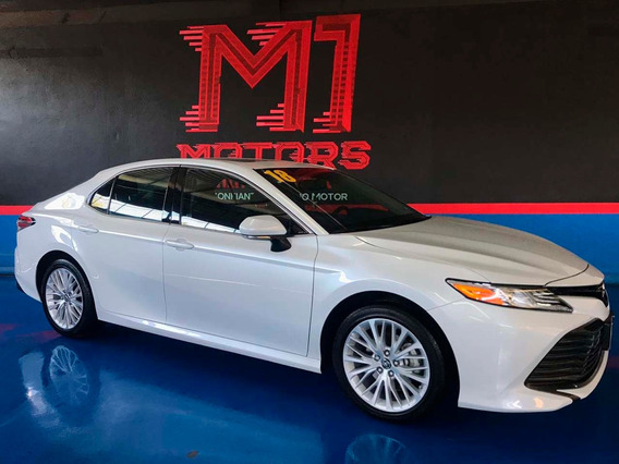 Toyota Camry Xle V4 At 2018 Blanco $ 345,000