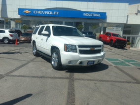 Chevrolet Tahoe 5.3 Lt V8 . At 2014