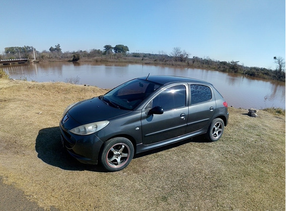 Peugeot 207 Modelo 2010