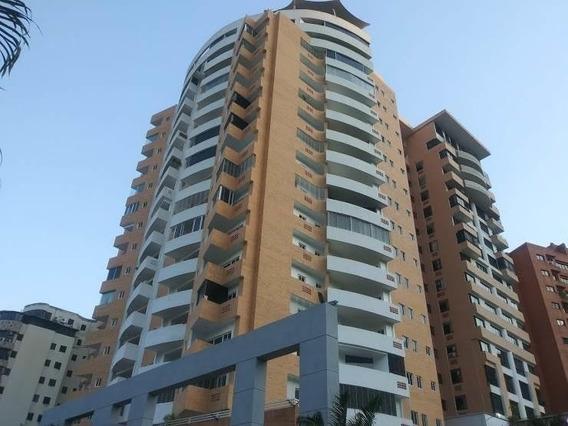 Apartamento En Venta En El Parral Valencia Cod 20-11718 Akm