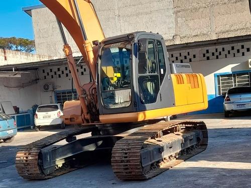 Imagem 1 de 15 de Escavadeira Case Cx220b Ano 2010