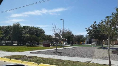 Casa De 1 Planta En Venta En Villas De La Ibero En Torreon Coah.