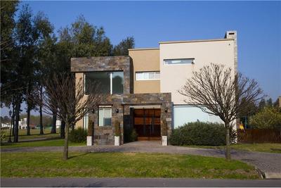 Casa En La Cesarina Detalles De Categoria