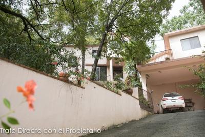 Casa En Venta En Zona De Quintas - Guadalupe Nl