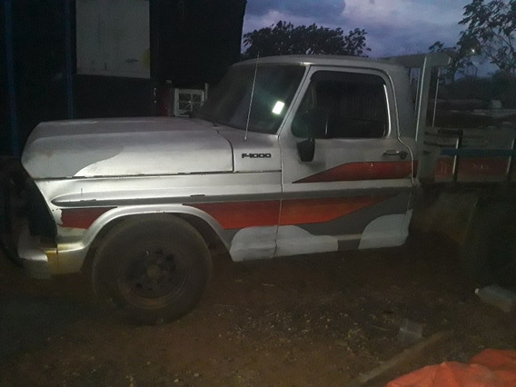 Ford F-1000 1982