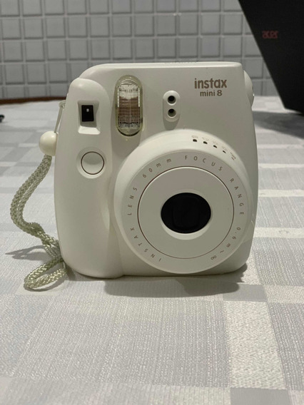 Câmera Fujifilm Instax Mini 8