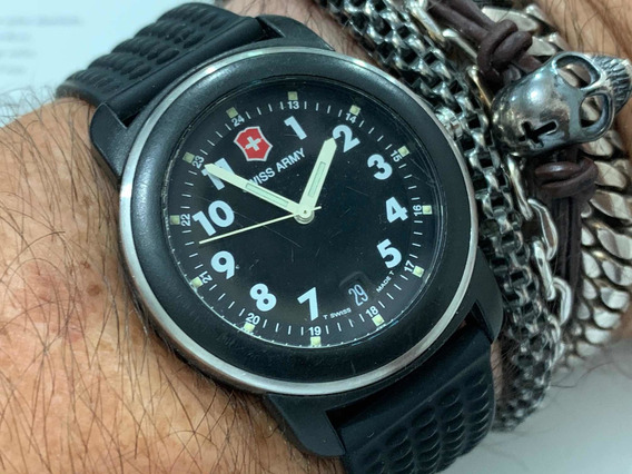 Victorinox Swiss Army Wr100m Quartz Swiss Made