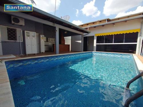 Casa Com 3 Dormitórios À Venda, 180 M² Por R$ 580.000,00 - Bandeirantes - Caldas Novas/go - Ca0247