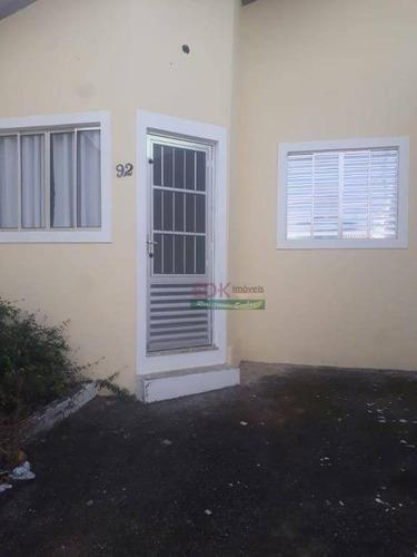 Imagem 1 de 6 de Casa Com 2 Dormitórios À Venda Por R$ 140.000,00 - Conjunto Residencial Araretama - Pindamonhangaba/sp - Ca5653
