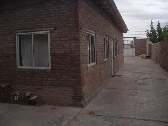 Casa De 90 M2 Con Galpon De 200 M2 En Lote De 600 M2