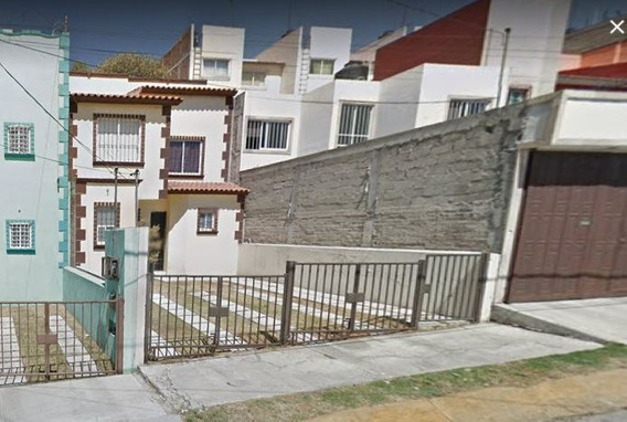 Preciosa Casa En Zona Privada Lomas Lindas Atizapan