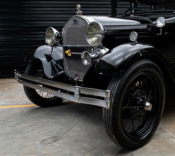 1929 Ford Modelo A Town Sedan