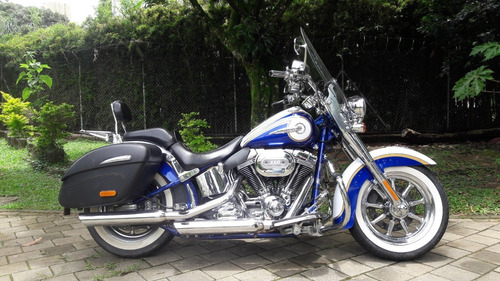 Harley-davidson Softail Deluxe Cvo