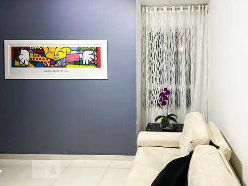 Apartamento À Venda - Centro, 2 Quartos,  45 - S893135098