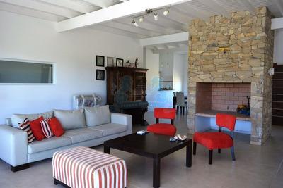 Venta Casa 3 Dormitorios Piscina Residencial Costa Esmeralda