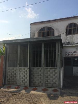 Local Comercial Av. Constitución Oeste, Maracay