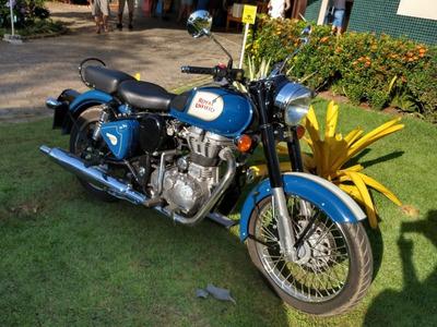 Moto Royal Enfield Bullet Classic 500 Custom