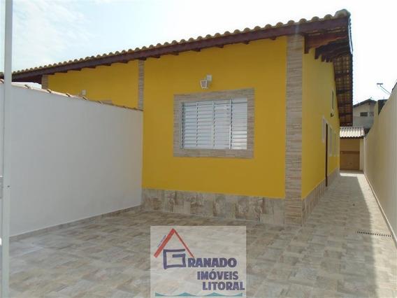 Casa Nova Na Praia De Mongaguá Com Quintal. Financie