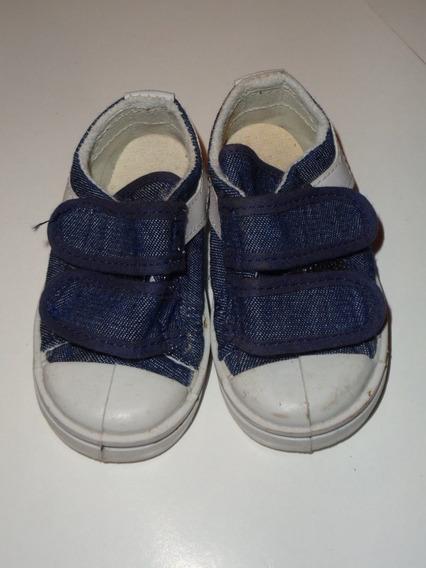 Zapatillas De Jean Azul Para Niño Con Abrojo Nro. 19