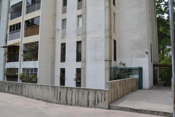 Apartamento En Venta Mls #20-18159